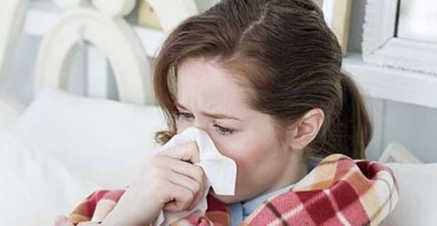influenza ragazza ammalata