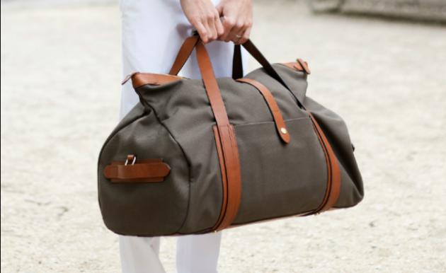 Le 10 regole per il bagaglio a mano perfetto roba da donne - Cosa posso portare in aereo con bagaglio a mano ...