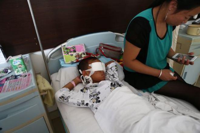 bambino-ospedale-traffico-organi-cina-occhi