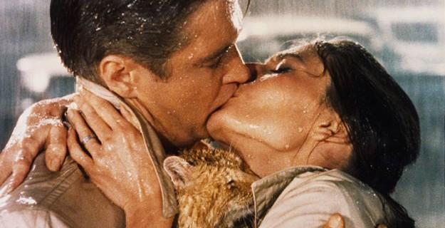 Il rimedio a tutti i mali? Un bacio appassionato.