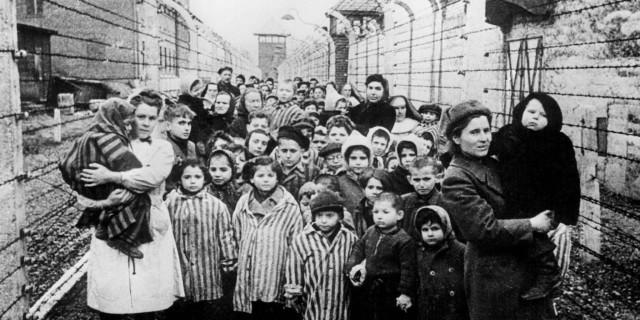 Un racconto di luce nel buio dell'Olocausto: la scuola del ghetto di Horochow