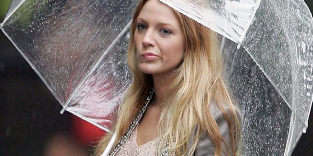 Abiti adatti alle giornate piovose: ecco cosa scegliere!