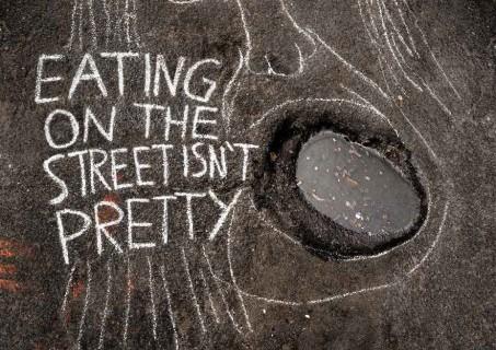 Guerriglia marketing per combattere la povertà