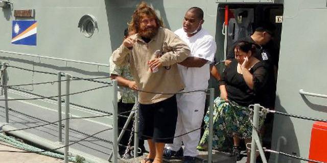 Naufrago torna a casa dopo 13 mesi in mare