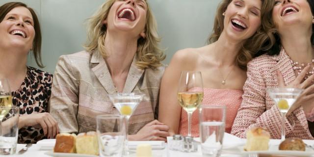 """I 10 segnali che rivelano se la tua Amica è davvero """"Per Sempre"""""""