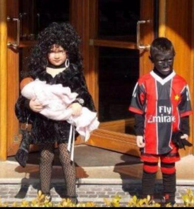Bimba vestita da Belen; è polemica sul web