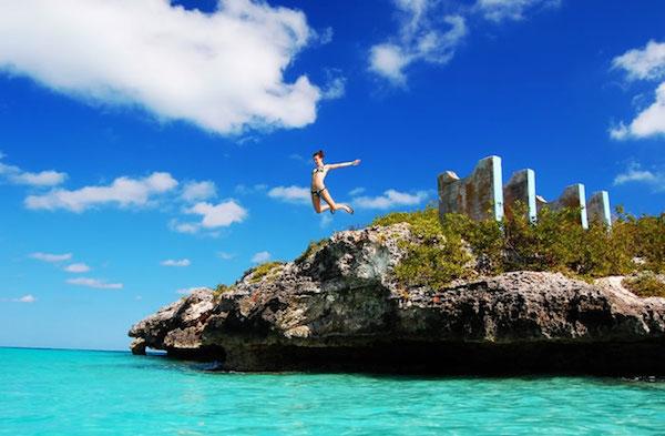 40 posti dove nuotare almeno una volta nella vita