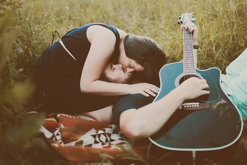 21 Gesti Romantici Che Le Coppie Dovrebbero Fare Ogni Giorno