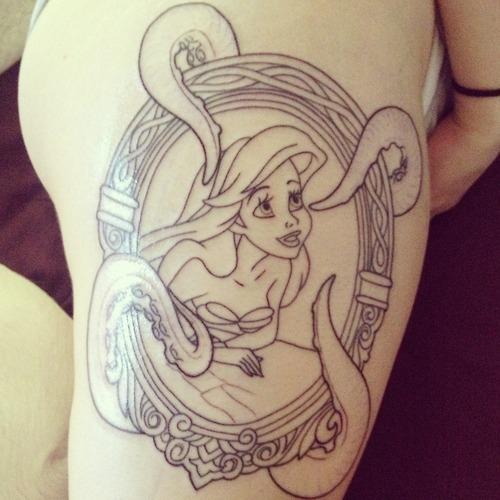 Ариэль с татуировками фото