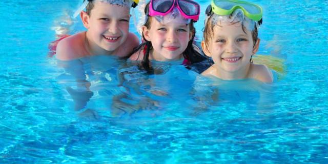 Occhi rossi dopo la piscina attenzione non solo - Amazon piscina bambini ...