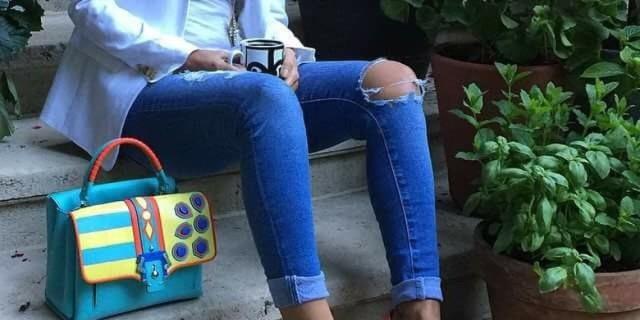 Una donna australiana è stata ricoverata 4 giorni in ospedale a causa di un paio di jeans skinny troppo stretti