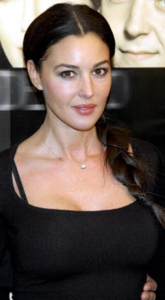 monica bellucci seno