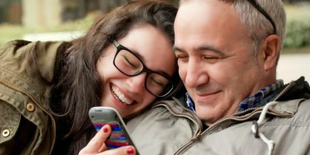 Il rapporto tra padre e figlia adolescente
