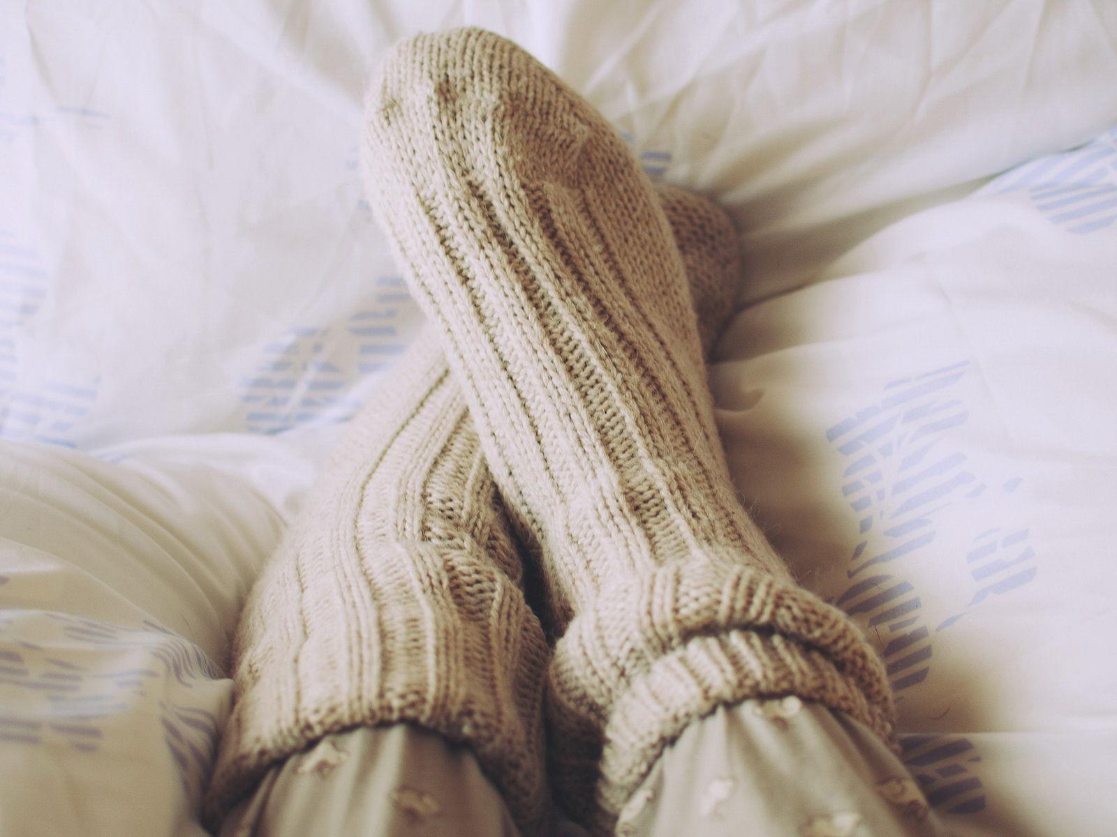 Le abitudini che non sembrano fare male roba da donne in salute - Piedi freddi a letto ...