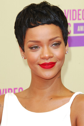2012-mtv-video-music-awards-the-night-in-fashion-and-beauty-rihanna