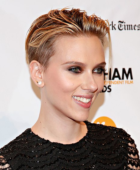 cn_image.size.Scarlett-Johansson-pixie-cut