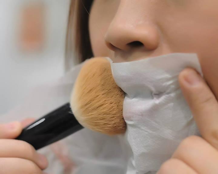 long-lasting-lipstick
