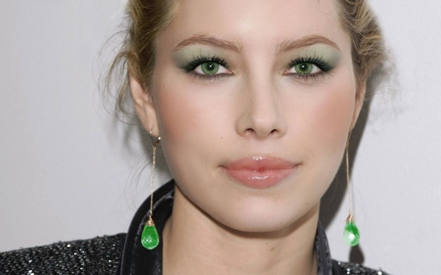 trucco-occhi-verdi-ombretto-verde